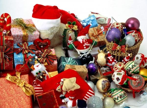 Много подарков на рождество